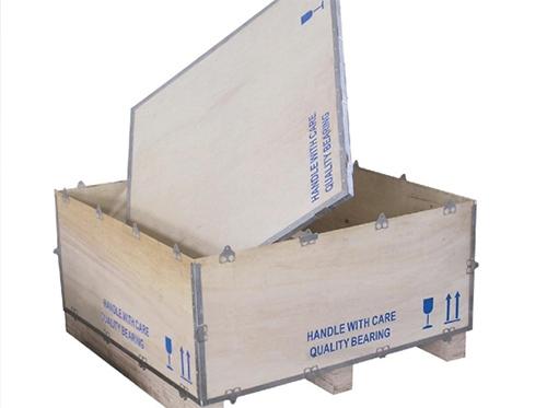 钢带固定木箱